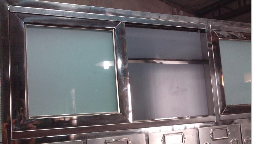 产品规格: 1627*615*2150 mm 产品详细:不锈钢框架,内部全封闭,防治串